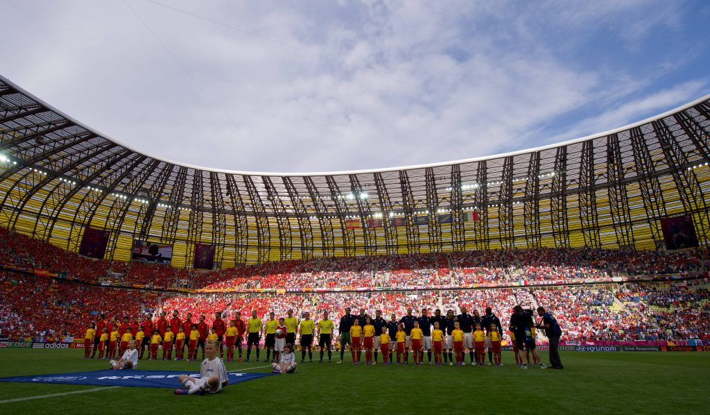 L'UEFA est critiquée pour l'attribution des billets pour la finale de la Ligue Europa - Foot 2021