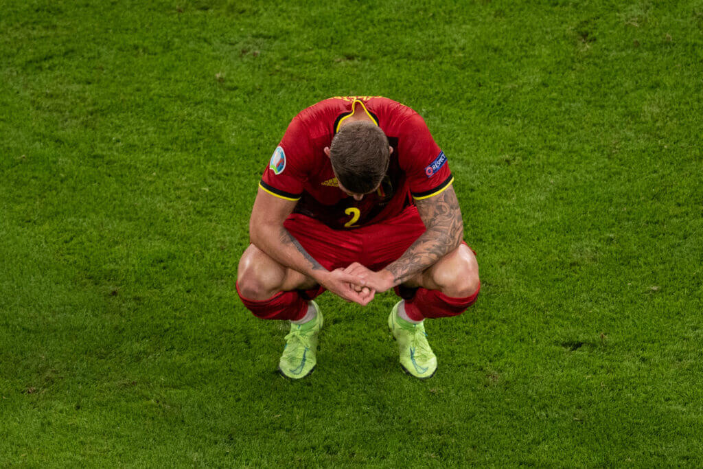 Graham Roberts reacts as Toby Alderweireld transfer to Al ...