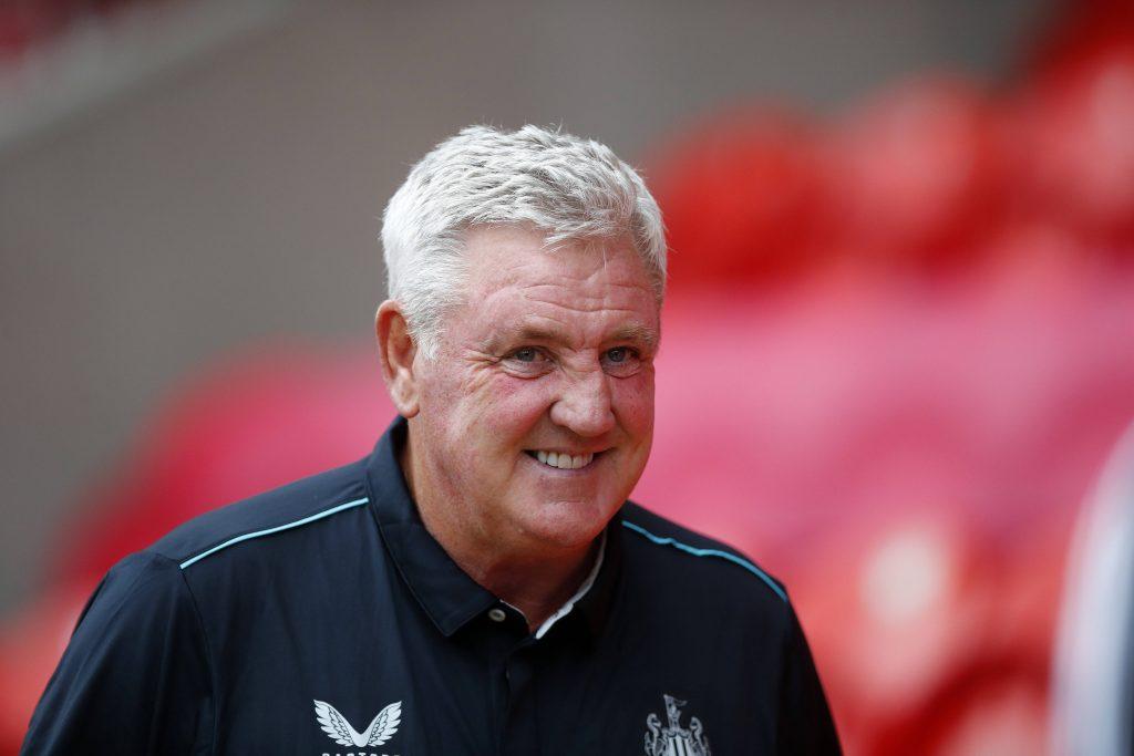 Steve Bruce membuat perjanjian baru, peminat Newcastle memberi reaksi