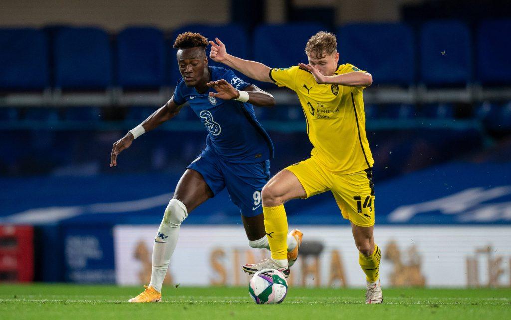 El interés por la estrella del Chelsea aumenta cuando Mourinho se une a la carrera