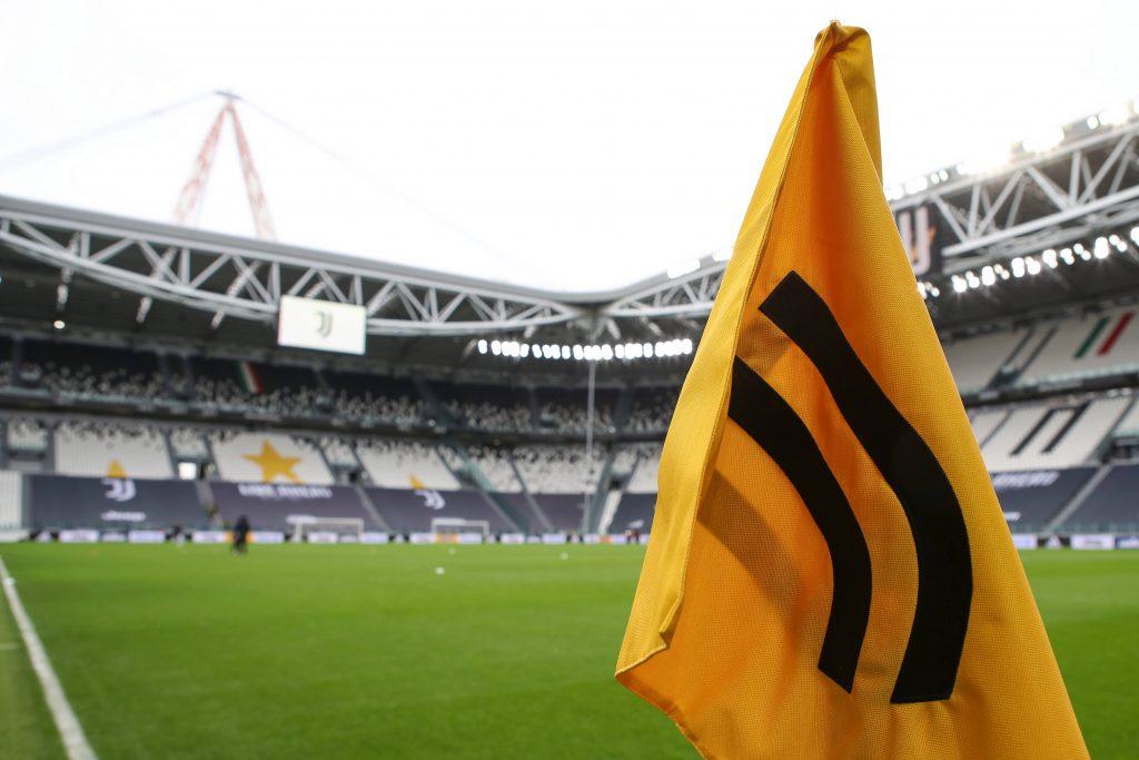 La Juventus se ve obligada a disculparse por un tuit racista